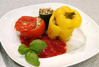 Jemistes (gefüllte Tomaten, Zucchini und Paprika)