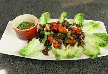 Chilli Beef-Salat Wraps