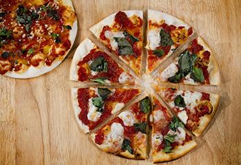Pizza Margherita & Pizza Marinara Foto: © ORF/Interspot