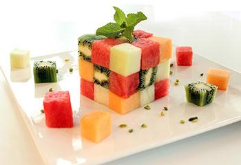 Kunterbunter Melonenwürfel