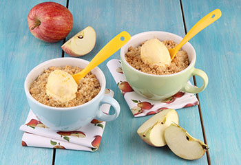 Apple Crumble in der Tasse