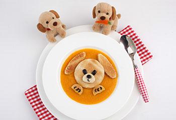 Karotten-Kokos-Suppe mit Toasthündchen
