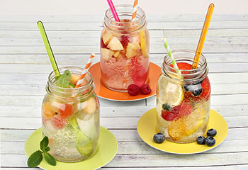 Fruchtige Sommerdrinks