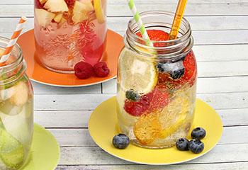 Erdbeer-Heidelbeer-Drink