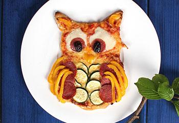 Pizza-Eule mit Mozzarella