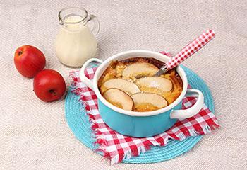 Ja! Natürlich Bio-Apfel-Topfen-Auflauf mit Vanillesauce