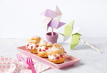 Windbeutel mit Erdbeer-Creme