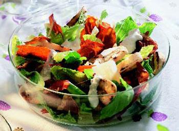 Caesar-Salat mit Riesengarnelen