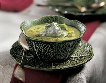 Kohlsuppe mit Dillcreme