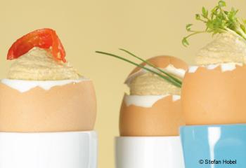 Gefüllte Eier mit Champignoncreme