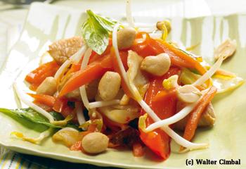 Asia-Salat mit Hühnerbrust