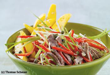 Pfefferonisalat mit Rindfleisch