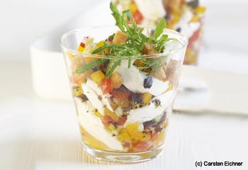 Gazpacho-Fischsalat mit Croûtons