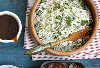 Kraut-Sellerie-Salat Foto: © Ben Dearnley