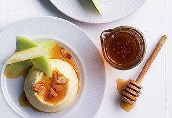 Gebackener Ricotta mit Melonen und Honig Foto: © Ben Dearnley