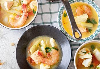 Französische Fischsuppe mit Sauce Rouille