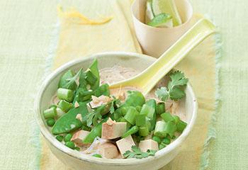 Grüner Kokos-Tofu-Eintopf Foto: © Wolfgang Schardt