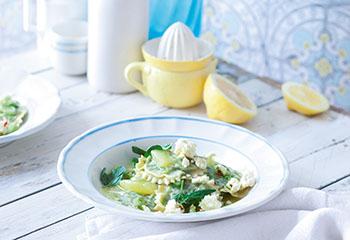 Erbsen-Minz-Ravioli mit Schafkäse und Zitronen Foto: © Maria Grossmann & Monika Schürle