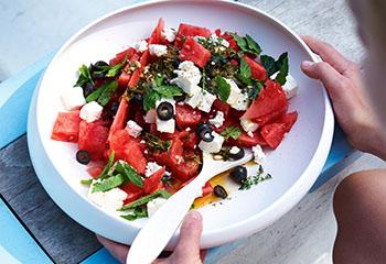 Melonen-Feta-Minze-Salat Foto: © Jan-Peter Westermann