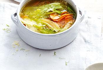 Fenchel-Karottensuppe mit Parmesan Foto: © Sonja Priller