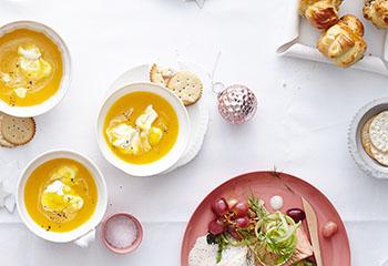 Karotten-Mango-Proseccosüppchen mit Ingwerobers Foto: © Thorsten Suedfels