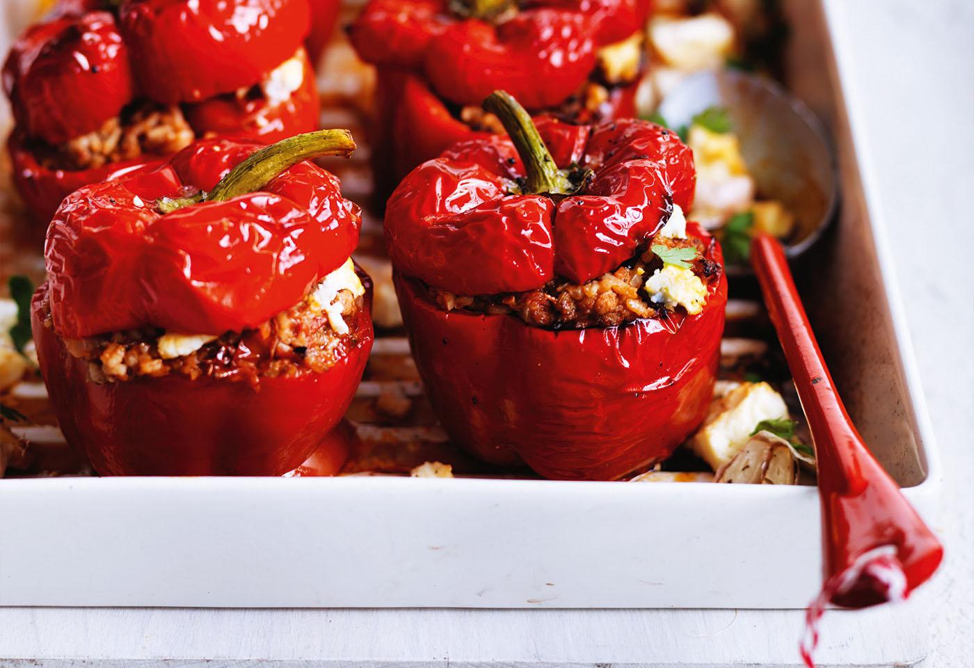 Gefüllte Paprika Mit Gebratenem Feta Frisch Gekocht