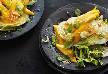 Mango-Apfelsalat mit Chili-Dressing Foto: © Thorsten Suedfels