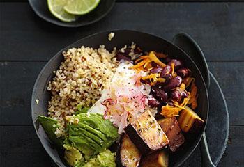 Quinoa-Powerschale mit Tofu Foto: © Thorsten Suedfels