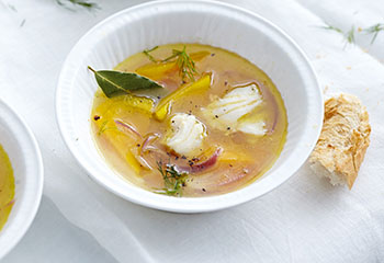 Paprika-Fischsuppe mit Dille Foto: © Thorsten Suedfels
