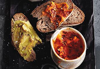 Tomaten-Rosmarin-Knoblauch-Schmalz Foto: © Thorsten Suedfels