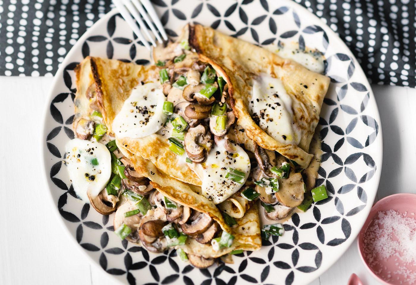 Palatschinken mit Pilzen und Mozzarella | Frisch Gekocht