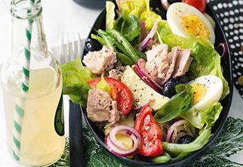 Salade Nicoise mit Thunfisch Foto: © Wolfgang Schardt