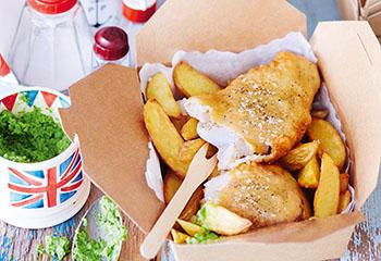 Fish 'n' Chips mit Erbsendip Foto: © Janne Peters