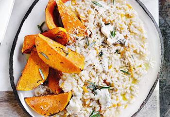 Kürbis-Risotto mit Parmesan und Rosmarin Foto: © Ben Dearnley