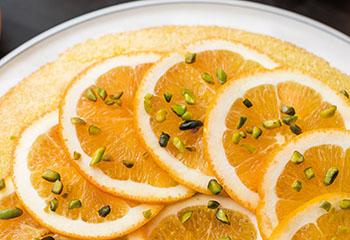 Orangen-Grieß-Kuchen Foto: © Michael Reidinger
