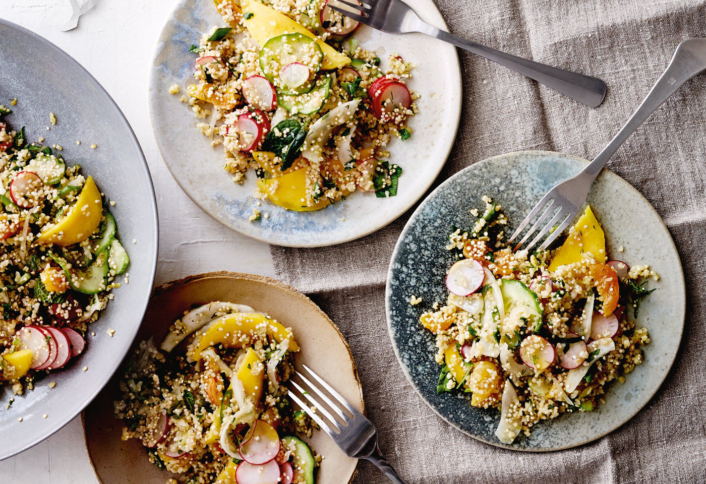bulgur quinoa salat mit fenchel gurke radieschen und mango frisch gekocht. Black Bedroom Furniture Sets. Home Design Ideas