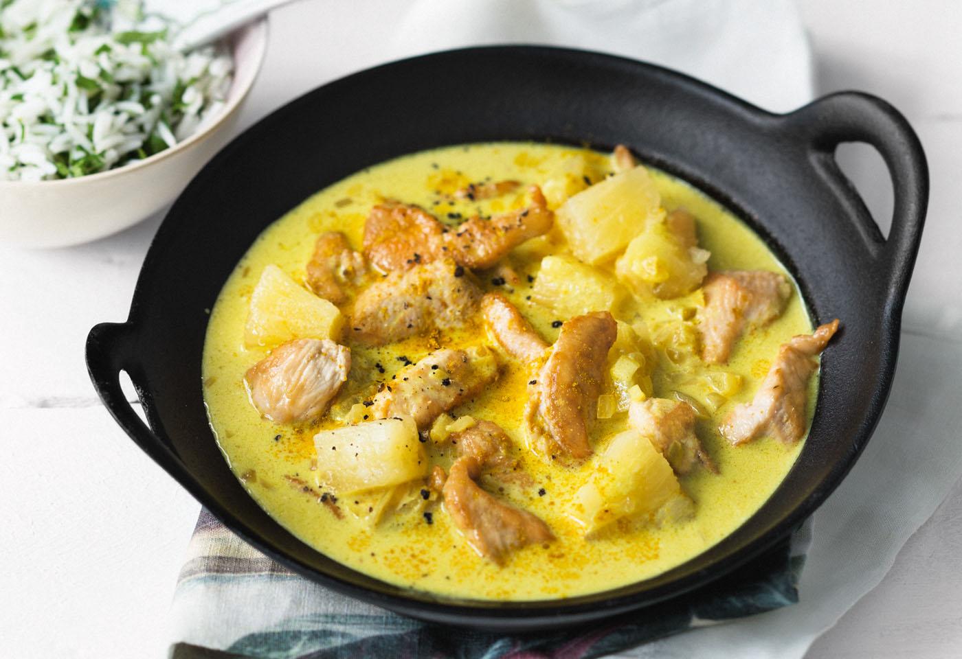 Huhn-Ananas-Curry mit Kräuterreis | Frisch Gekocht