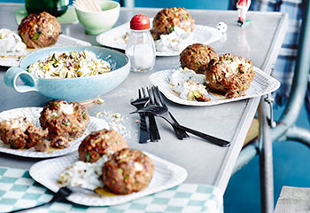 Gefüllte Meatballs mit Pistazien-Tzatziki Foto: © Thorsten Suedfels