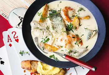 Fischsuppe mit Knoblauchmayonnaise Foto: © Wolfgang Schardt