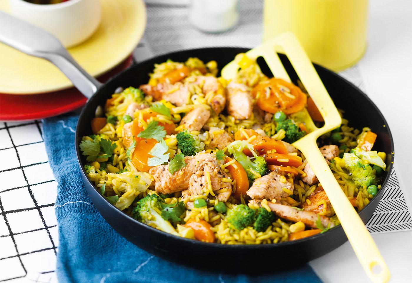 Curry-Reis mit Huhn und Gemüse | Frisch Gekocht