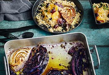 Geschmortes Kraut mit Orangen-Couscous Foto: © Thorsten Suedfels