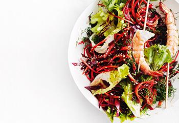 Karotten-Rote-Rüben-Salat mit Garnelen Foto: © Thorsten Suedfels