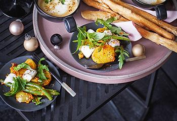Erdäpfel-Fisolen-Salat mit Pesto Rosso und Mozzarella Foto: © Monika Schuerle