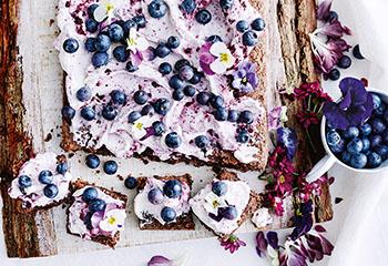 Blechkuchen mit Beerencreme Foto: © Thorsten Suedfels