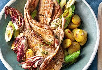 Tex-Mex-Bauchfleisch mit Grillgemüse und Avocado-Dip Foto: © Jan-Peter Westermann