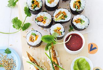 Seitan-Sushi mit Himbeer-Sojasauce Foto: © Janne Peters