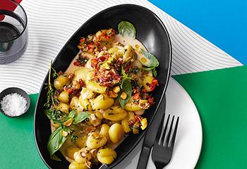 Gnocchi mit Pesto in Pistaziensauce Foto: © Monika Schuerle