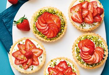 Erdbeer-Cheesecake-Tartelettes Foto: © Thorsten Suedfels