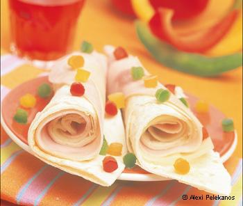 Schinken-Käse-Tortillas mit Paprikakonfetti
