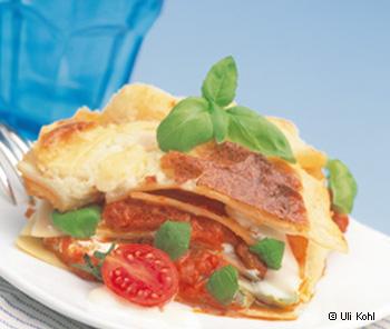 Käselasagne mit deftiger Tomatensauce